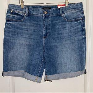 NWT Talbots Flawless Five-pocket Boyfriend Shorts